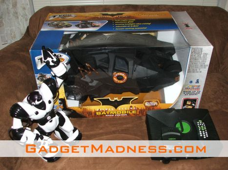 Review: Tyco 1:6 Scale Batman Begins Tumbler Batmobile R/C Vehicle